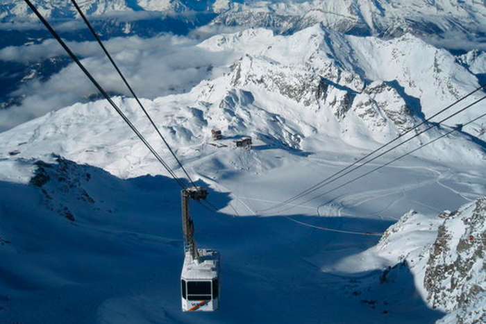04-MONT-FORT-TRAM-–-Verbier,-Switzerland