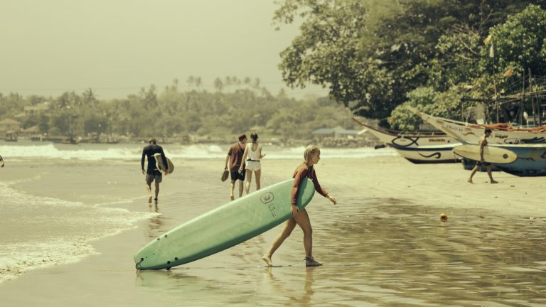 Picture: Beaching n surfing