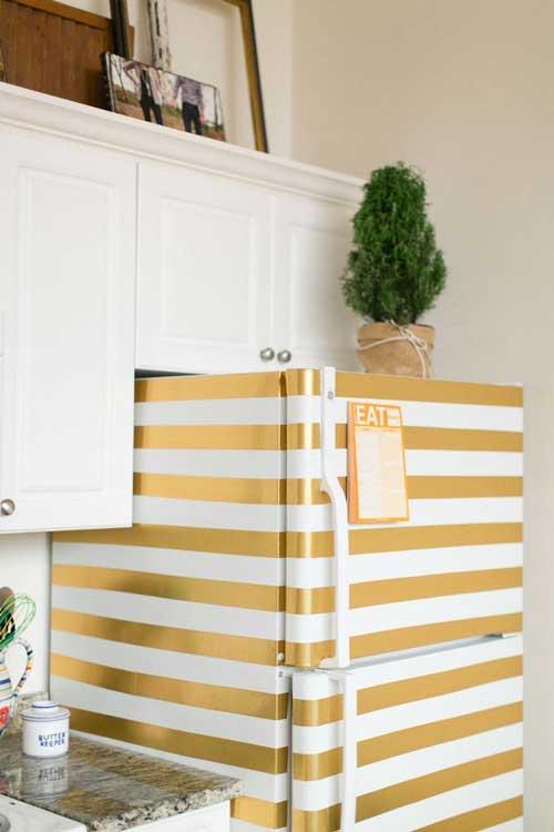 Gold easy stripe on the fridge