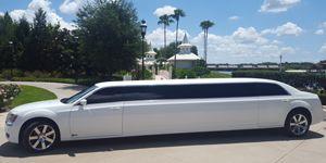 10 Passenger Stretch Limousine