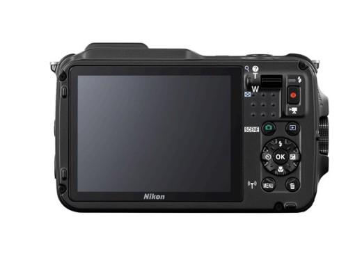 Nikon AW120 06