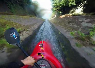 GoPro: Tandem Kayaking Down An 800m Drainage Ditch