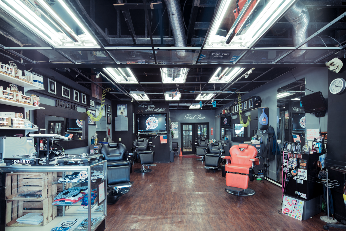 Urban City Photography Inspiration: New York City barber shops by Franck Bohbot, featured on Orms Connect Photography Blog South Africa