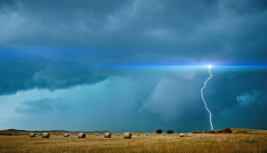 Spectacular 1,000fps Slow-Motion Lightning Footage by Dustin Farrell
