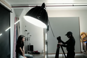 7 Easy Light Setups for Portrait Photography with Mango Street