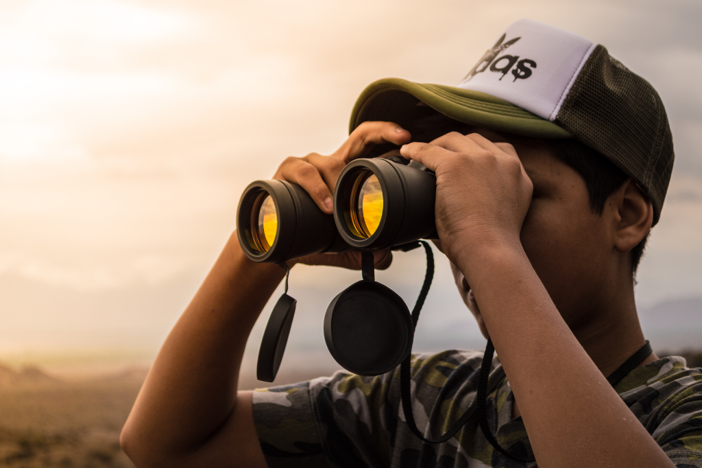 How To Choose Binoculars: An Easy Guide To Making Your First Purchase