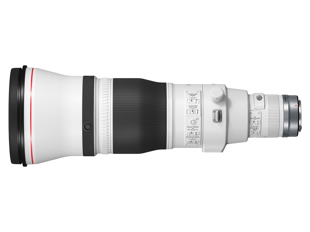 THE RF 600MM F4L IS USM LENS side view 1