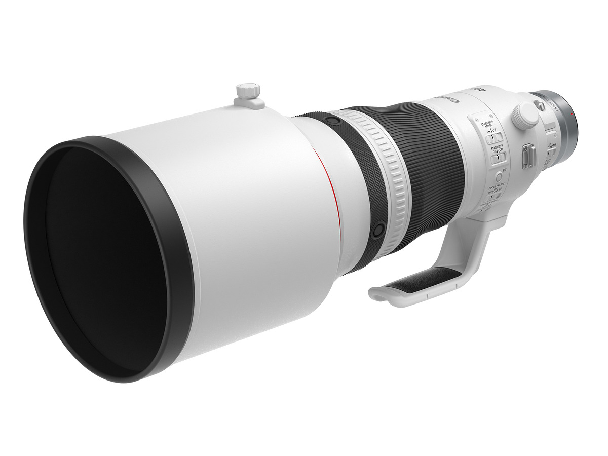 THE RF 400MM F2.8L IS USM LENS  with lens hood