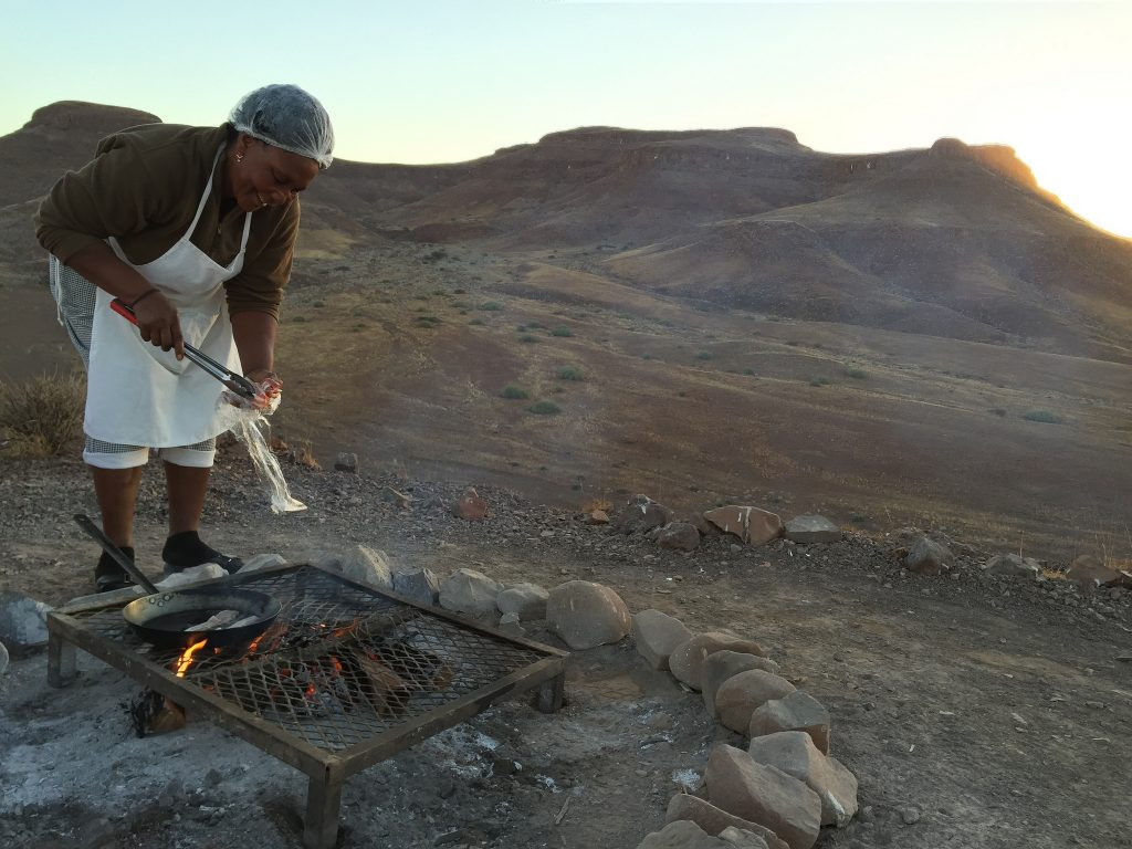 Damaraland Breakfast in the Bush