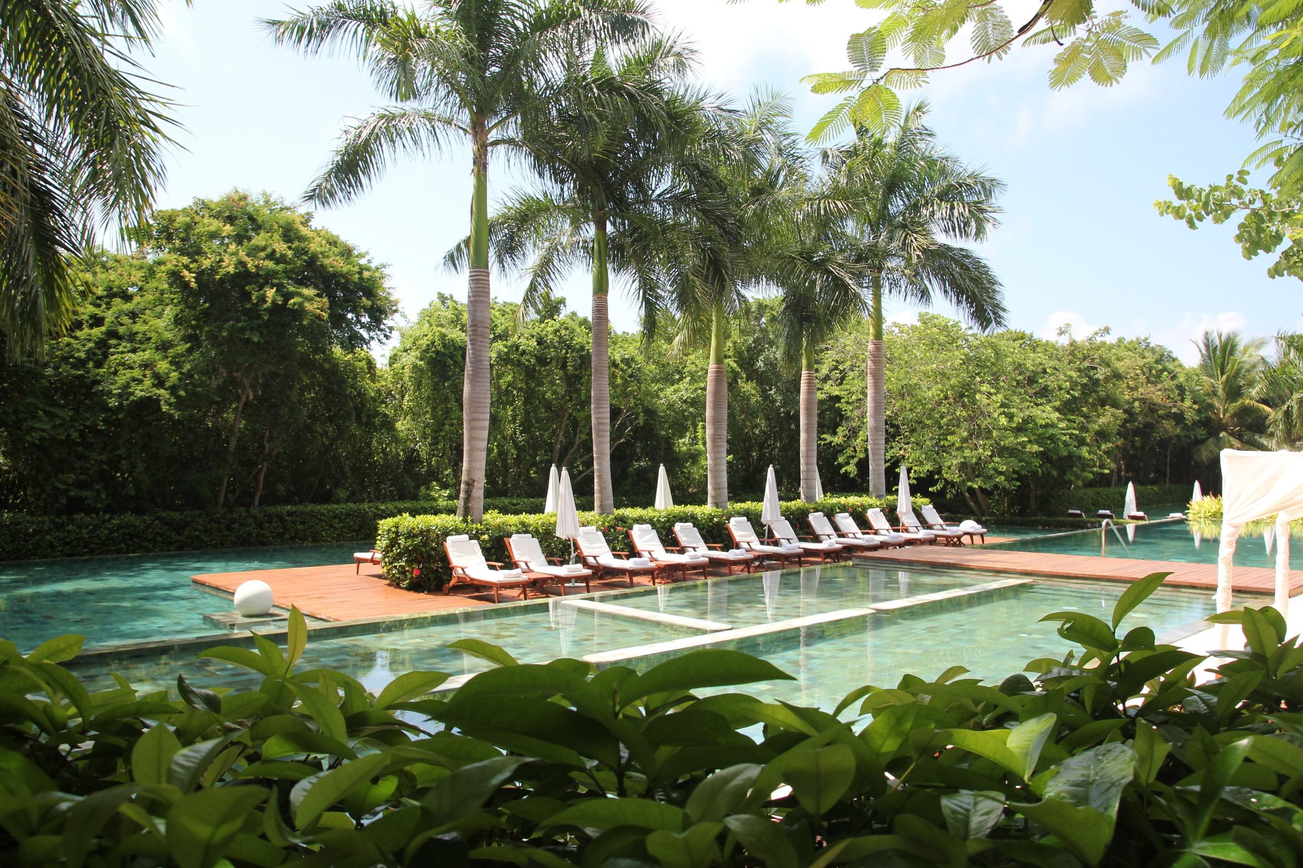 Grand Velas Zen Pool