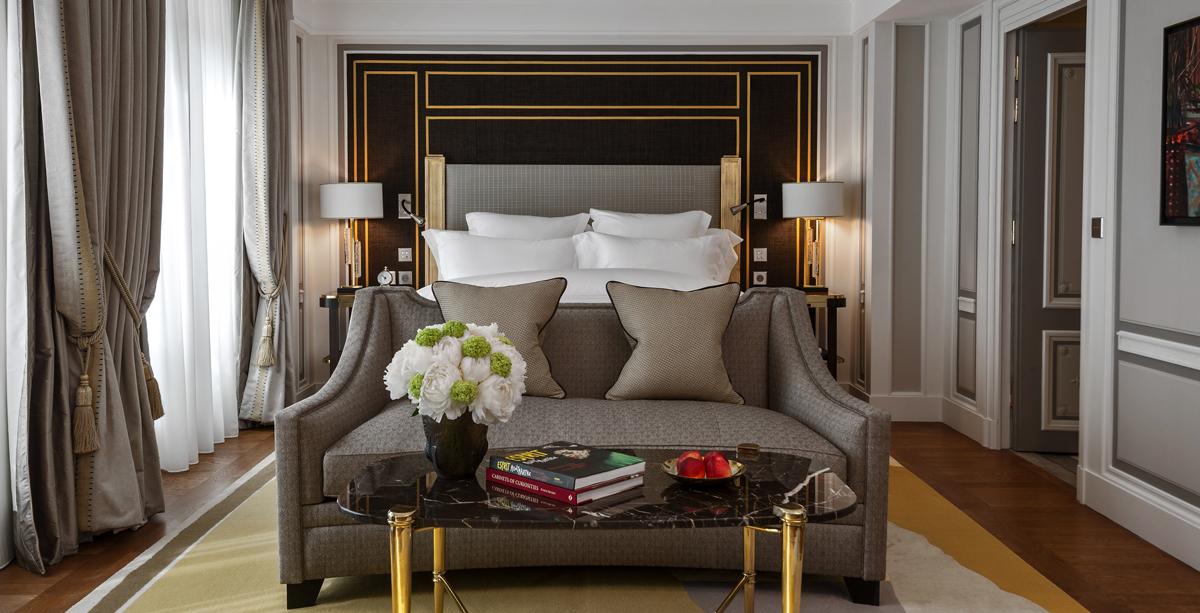 Paris luxury hotel