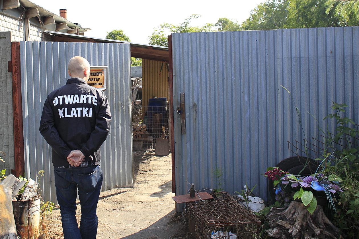Inspektorzy Otwartych Klatek zbadali stan zabezpieczeń ferm norek w Polsce