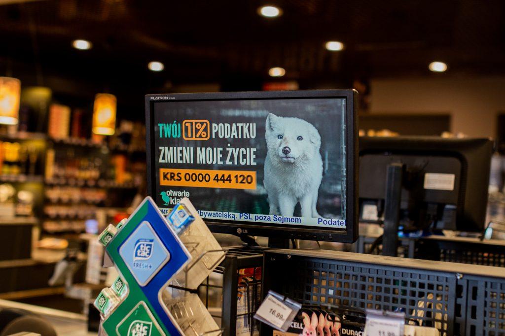 Reklama w supermarkecie