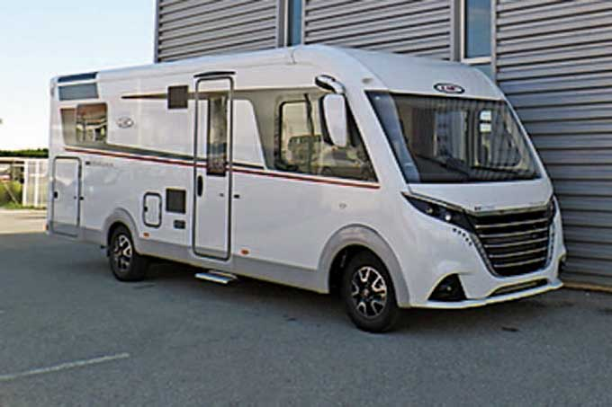 Camping-car LMC I 745