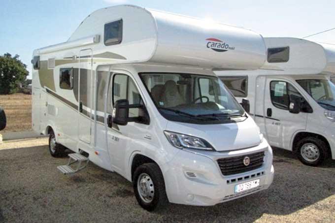 Camping-car CARADO 361,