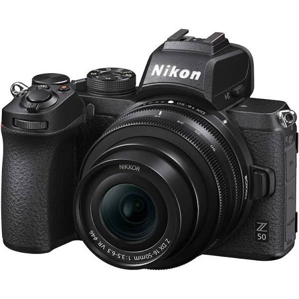Nikon Z 50 + Z DX 16-50/3.5-6.3 VR systemkamera + FTZ Mount Adapter