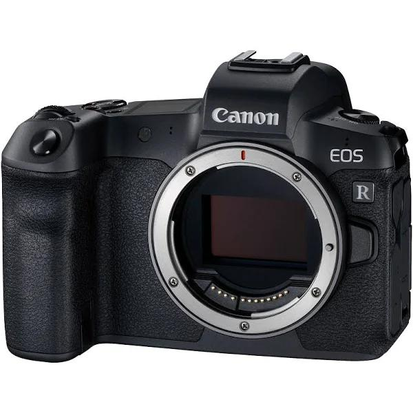 Canon EOS R + adapter EF-EOS R