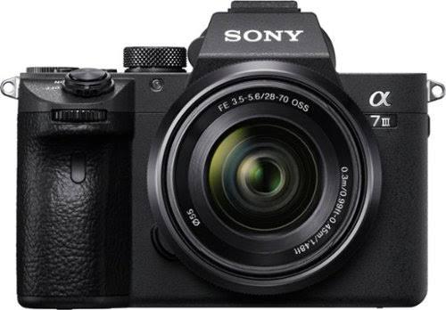 Sony Alpha A7 III Kit (FE 28-70mm f/3.5-5.6 OSS)