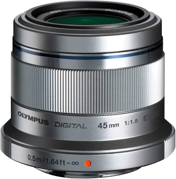 Olympus 45mm 1.8 MFT Silver