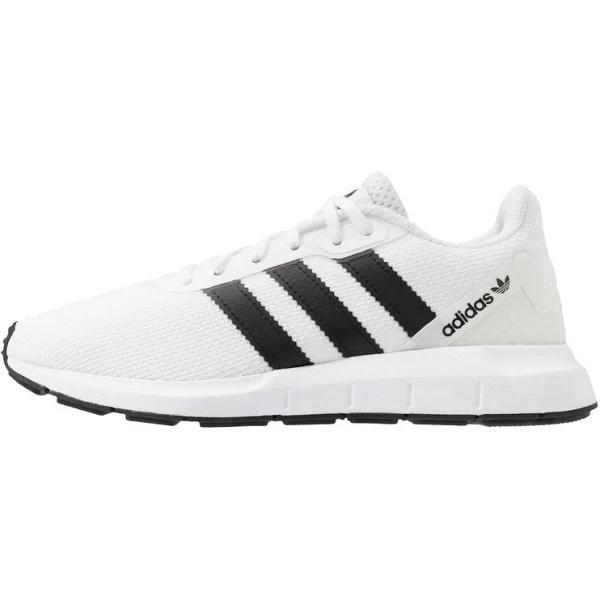 adidas Originals Swift RUN Sneakers ftwwht/cblack/ftwwht, gender.adult.unisex, Storlek: 49 1/3, Vit - Konstmaterial/textil