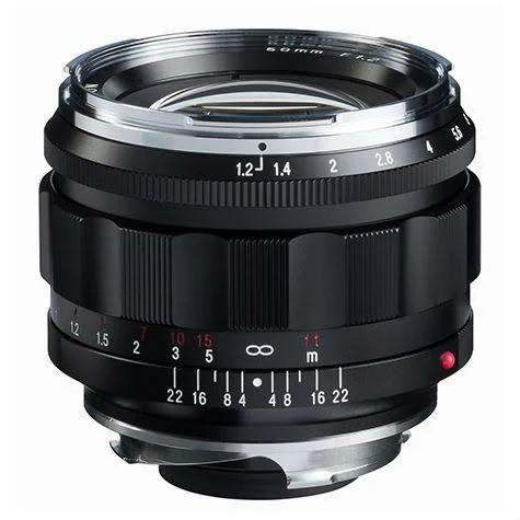 Voigtlander 50mm f/1.2 Nokton Aspherical Objektiv för Leica M-Mount