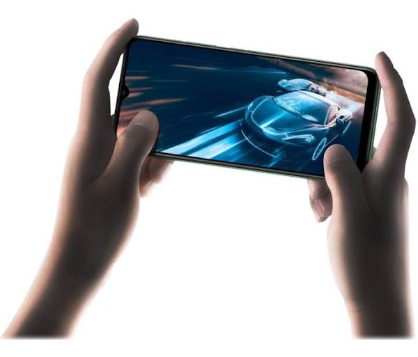 "Realme C11 - Pekskärmsmobil - Dual-Sim - 4G Lte - 32 Gb - Microsd Slot - Gsm - 6.5"" - 1600 X 720 Pixlar - Ram 2 Gb (5 Mp Främre Kamera) - 2 Bakre Kam"