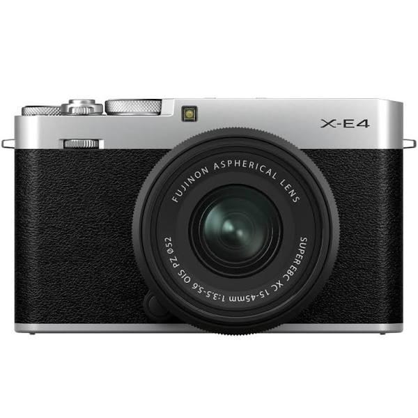 Fujifilm X-E4 Zilver + XC 15-45mm Zwart
