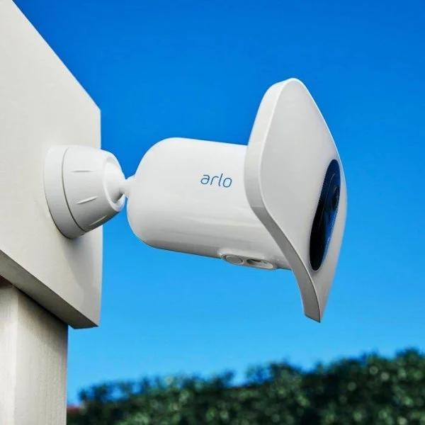 Arlo Pro 3 Floodlight Övervakningskamera