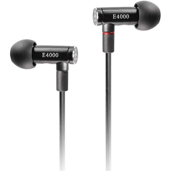 Final E4000 isolerande hörlurar med avtagbar kabel