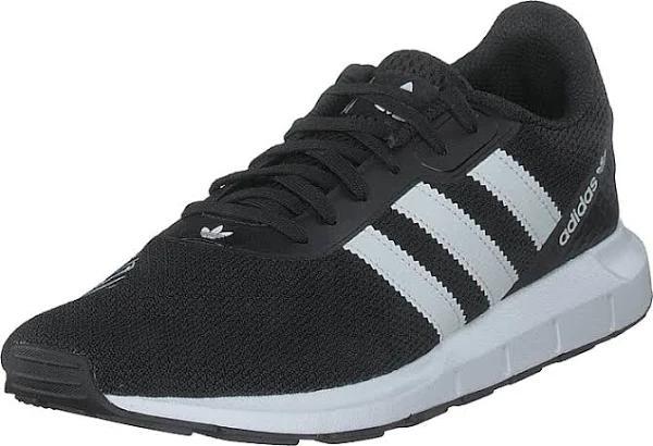 adidas Originals Swift Run Rf Core Black/ftwr White/core Bla, Skor, Sneakers och Träningsskor, Sneakers, Svart, Unisex, 37