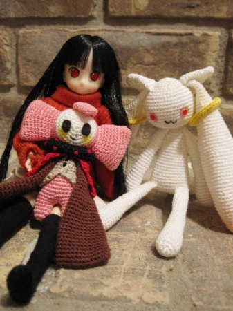Amigurumi Charlotte and Kyubey