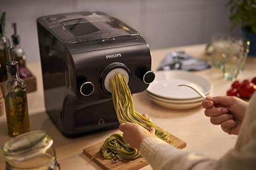 Pasta Maker Avance Hr2382/15 durante l'Estrusione degli Spaghetti