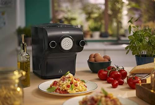 Pasta Maker Avance Hr2382/15 sul Top della Cucina