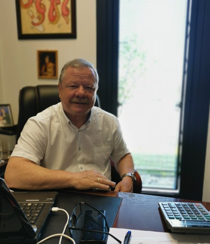 Dyrektor MOSiR Paweł Ślęzak