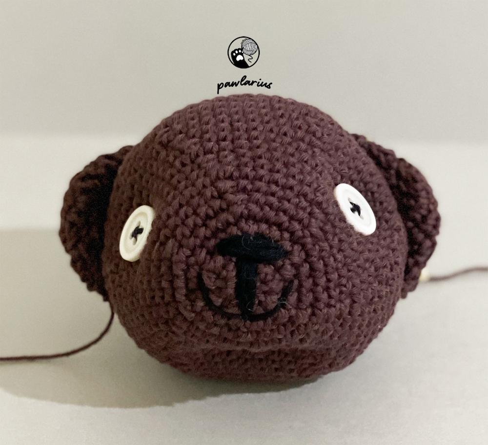 https://storage.googleapis.com/pawlarius-blog-assets/amigurumi/mrbean-teddy-bear/face-position.jpg