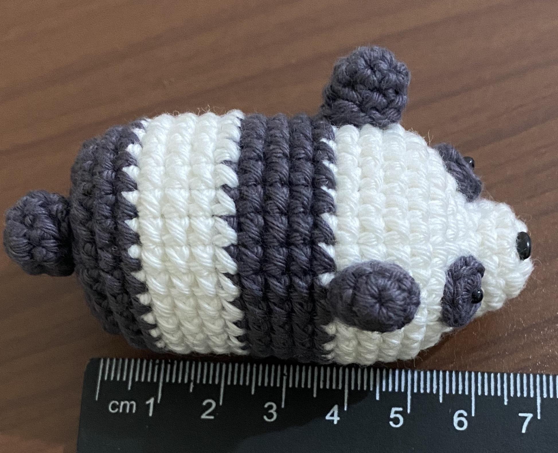 https://storage.googleapis.com/pawlarius-blog-assets/amigurumi/we-bare-bears-chibi/panda-top-position-draft.jpg