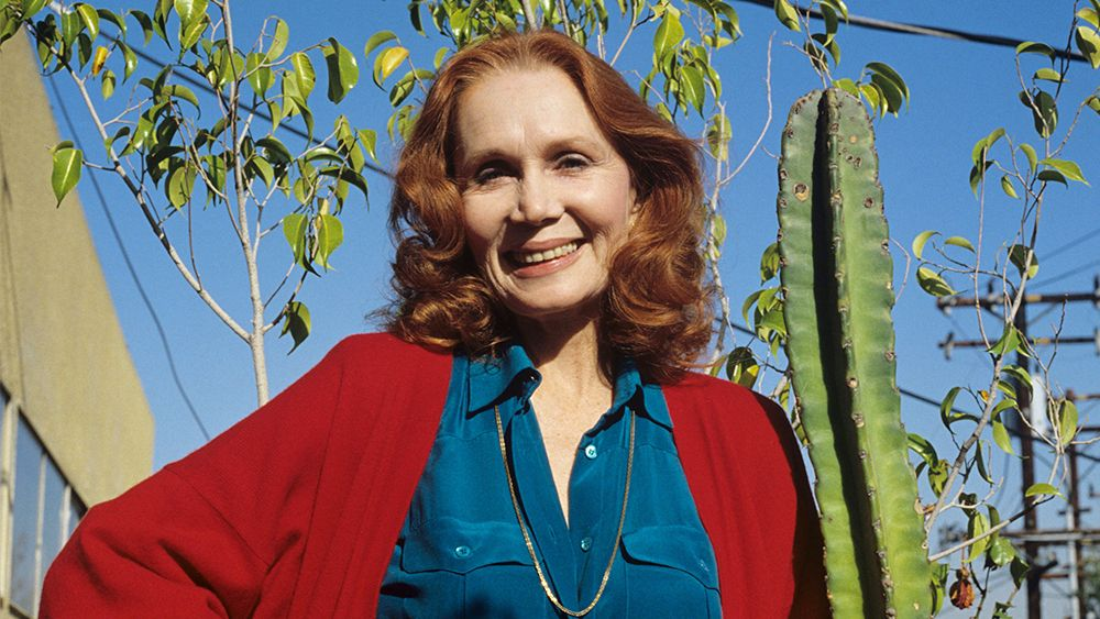 Emmy-nominated actress Katherine Helmond, best known for her role on Whos the Boss died on Feb. 23 at her Los Angeles home due to complications from Alzheimers disease. She was 89