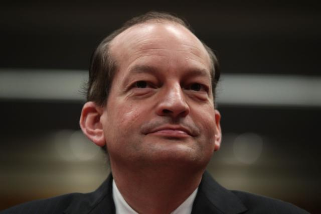 Calls mount for Labor Sec. Acosta to resign over plea deal for alleged pedophile Epstein