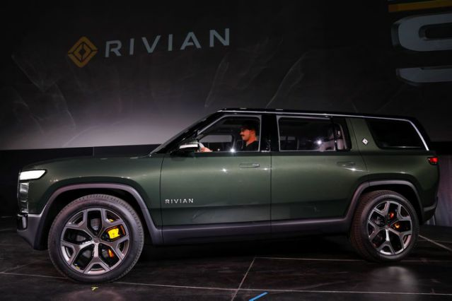 Ford Motor puts $500 million into electric pickup producer Rivian