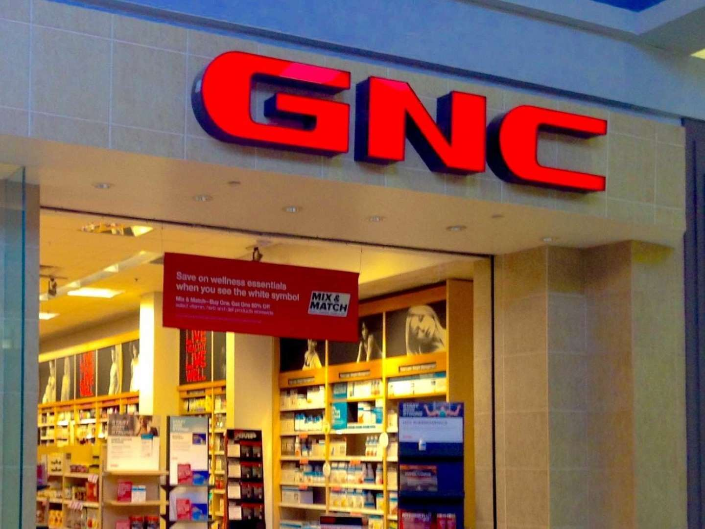 GNC could close up to 900 stores and slash its mall location count in half as the retail apocalypse roars on
