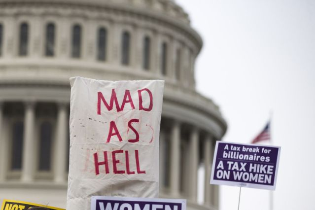 70 Percent of Americans Feel Angry at Political System That Favors Insiders With Money and Power