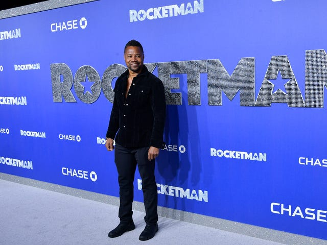 Cuba Gooding Jr says he didn't grope woman in bar, will turn himself in to NYPD