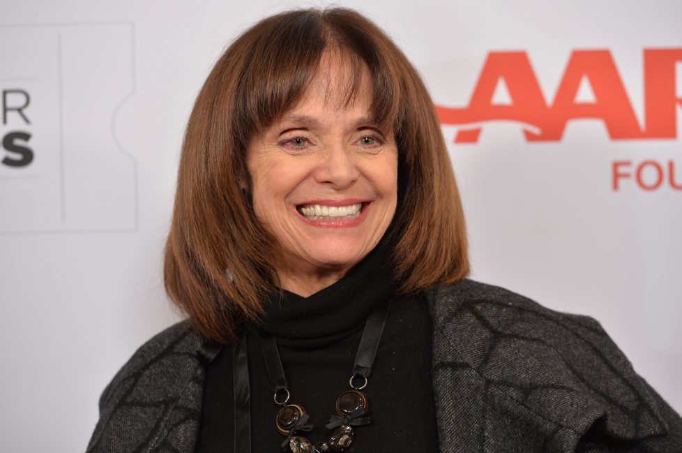 Valerie Harper family seeks help paying for TV legends cancer treatment and 24/7 care with gofundme page