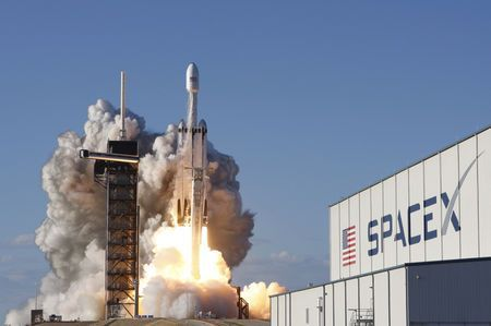 SpaceX sues U.S. Air Force over rocket-building contracts - filings