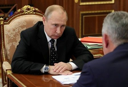 Putin, after three days, says fire-hit Russian submarine was nuclear-powered