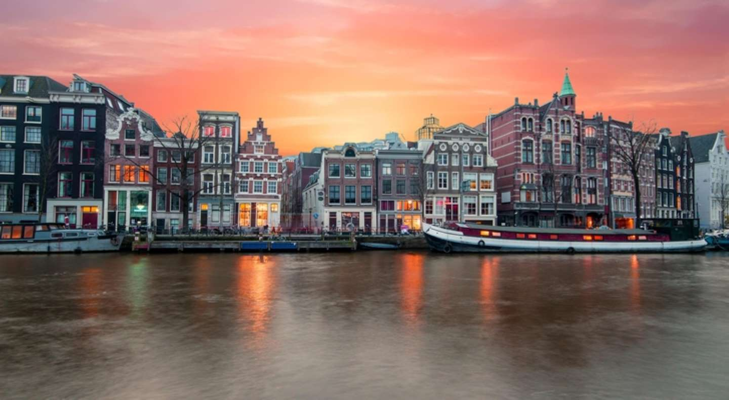 Red-Light District Tours to be Banned in Amsterdam