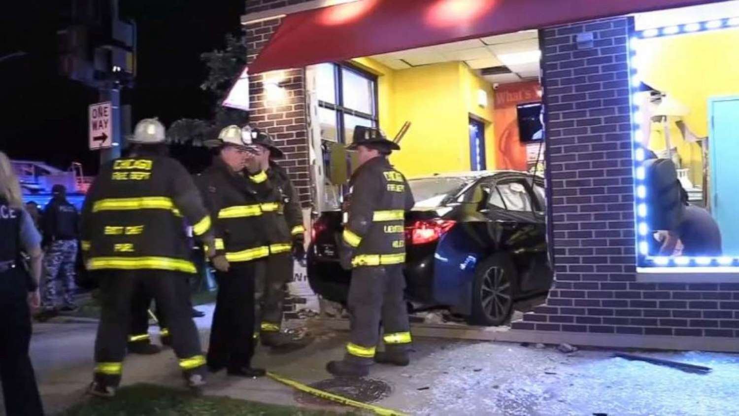 Drunk off-duty police officer crashes into restaurant, kills woman