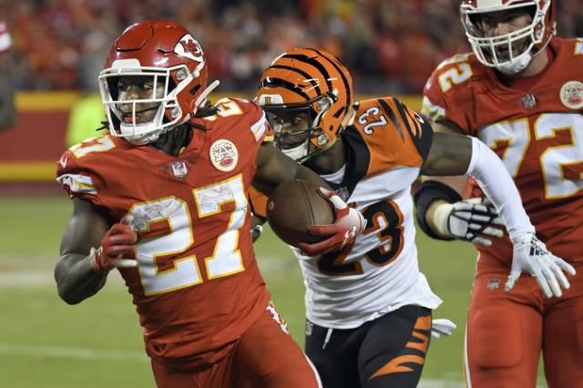 Chiefs cut RB Kareem Hunt after TMZ releases video of him shoving and kicking woman