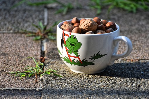 Cup Nuts