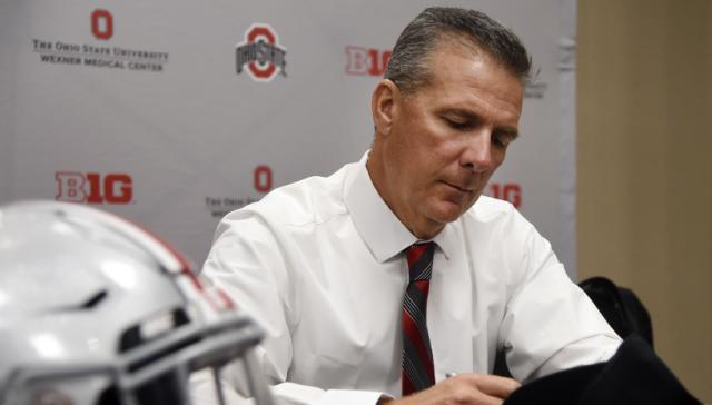 Confused Ohio State community braces for Urban Meyer decision